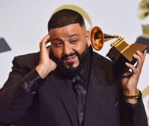 Grammy Awards 2020: Khalid sur le red carpet avec son prix