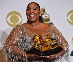 Grammy Awards 2020: Lizzo avec ses prix sur le red carpet