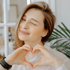 #ClaudieThanksYou challenge : faites un coeur avec les doigts pour lutter contre le coronavirus