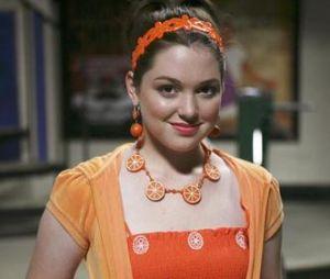 Les sorciers de Waverly Place (Disney+) : Jennifer Stone qui jouait Harper, la BFF d'Alex (Selena Gomez) est devenue infirmière et aide à lutter contre le coronavirus