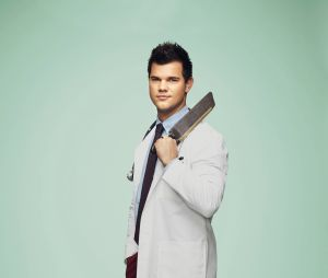 Taylor Lautner dans Scream Queens