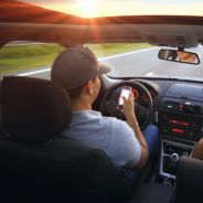 Si vous téléphonez au volant, vous risquez maintenant de perdre votre permis