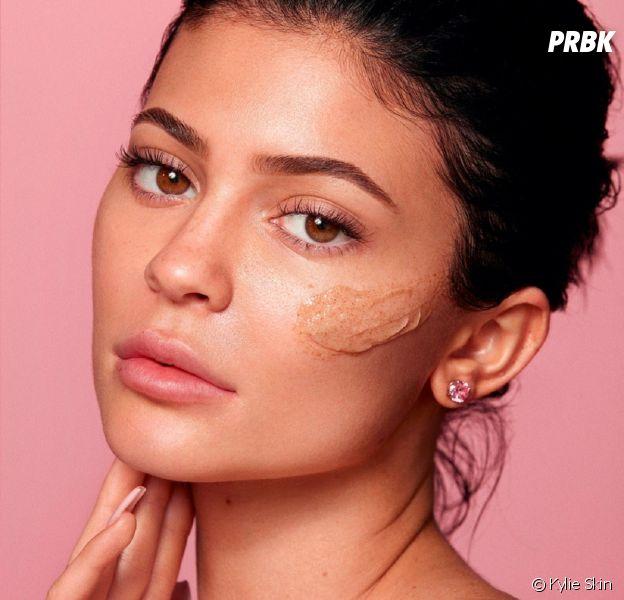 Kylie Jenner : sa marque de soins Kylie Skin arrive enfin en France, en vente en exclu chez Nocibé