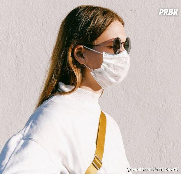 Coronavirus : le port du masque bientôt obligatoire dans les lieux clos ?