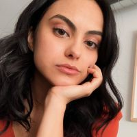 Camila Mendes (Riverdale) en couple avec Grayson Vaughan : elle officialise enfin ❤️