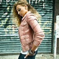 Kayna Samet ... De retour avec l'album Jeunes & libres
