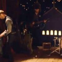 Coldplay ... Christmas Lights, le joli cadeau de Noël du groupe