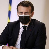Emmanuel Macron ne ferme pas l'ENA et veut aider les étudiants modestes à y accéder plus facilement
