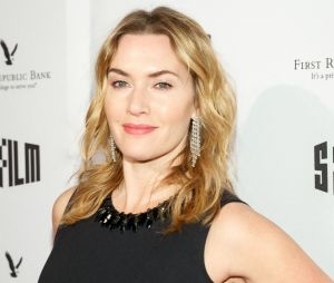 """Kate Winslet harcelée sur son poids à l'époque de Titanic : les médias """"faisaient des commentaires sur ma taille, ils estimaient mon poids"""""""