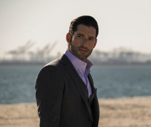 Tom Ellis (Lucifer) a failli jouer dans Outlander, découvrez quel personnage