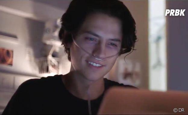 Cole Sprouse dans le film A deux mètres de toi