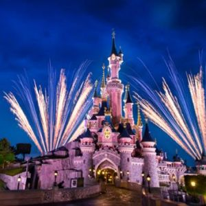 QUIZ Disneyland Paris : connais-tu VRAIMENT bien le parc d'attractions qui fête ses 29 ans ?
