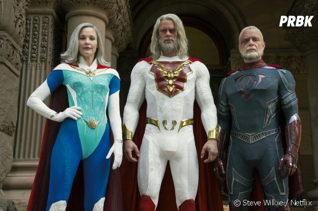 Leslie Bibb, Josh Duhamel et Ben Daniels dans Jupiter's Legacy
