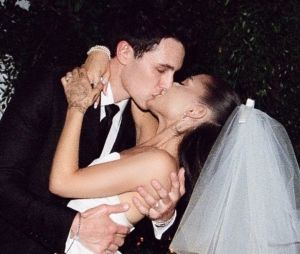 "Ariana Grande : la bande-annonce du documentaire ""Excuse me, I love you"" en VOSTFR"