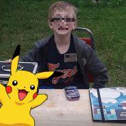 Pokémon : un garçon de 8 ans vend sa collection de cartes pour sauver son chien (ça finit TRÈS bien)
