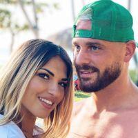 Angèle condamnée à payer 12 000 euros à Raphaël et Tiffany ? Elle dément complètement