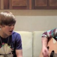 Justin Bieber ... La version acoustique complète de Baby, visible dans son film