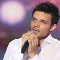 Mickels Réa ... propose aux fans de l'inspirer pour une chanson