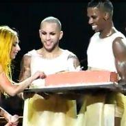 Lady Gaga ... Un anniversaire surprise sur scène (VIDEO)