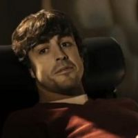 Fernando Alonso et sa Fiat 500 ... histoire d'amour en vidéo