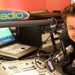 Manu de Fun Radio VIDEO ... Son départ émouvant en direct à l'antenne