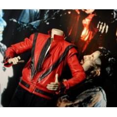 Michael Jackson et la vente de sa veste Thriller : un énorme business 2 ans après sa mort