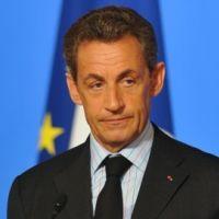 Nicolas Sarkozy agressé lors d'un déplacement : un problème de taille (VIDEO)