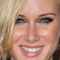 Kimberly Stewart maman : pas de Benicio del Toro en vue