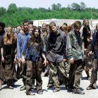 Walking Dead saison 3 confirme la tendance 2012 : après les vampires, place aux zombies