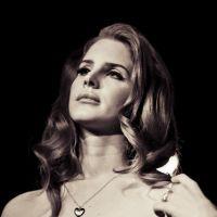 Lana Del Rey : elle sera invitée du Grand Journal de Canal Plus et chantera en LIVE