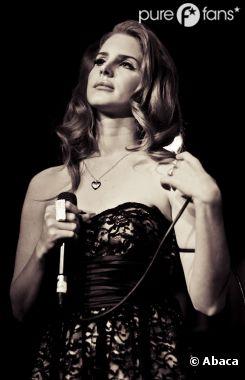 Lana Del Rey en plein concert