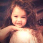 Miley Cyrus : plutôt poupée Chucky que Barbie (PHOTO)