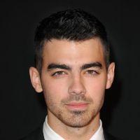 Joe Jonas aperçu avec un mystérieux canon : son coeur fait boum ?