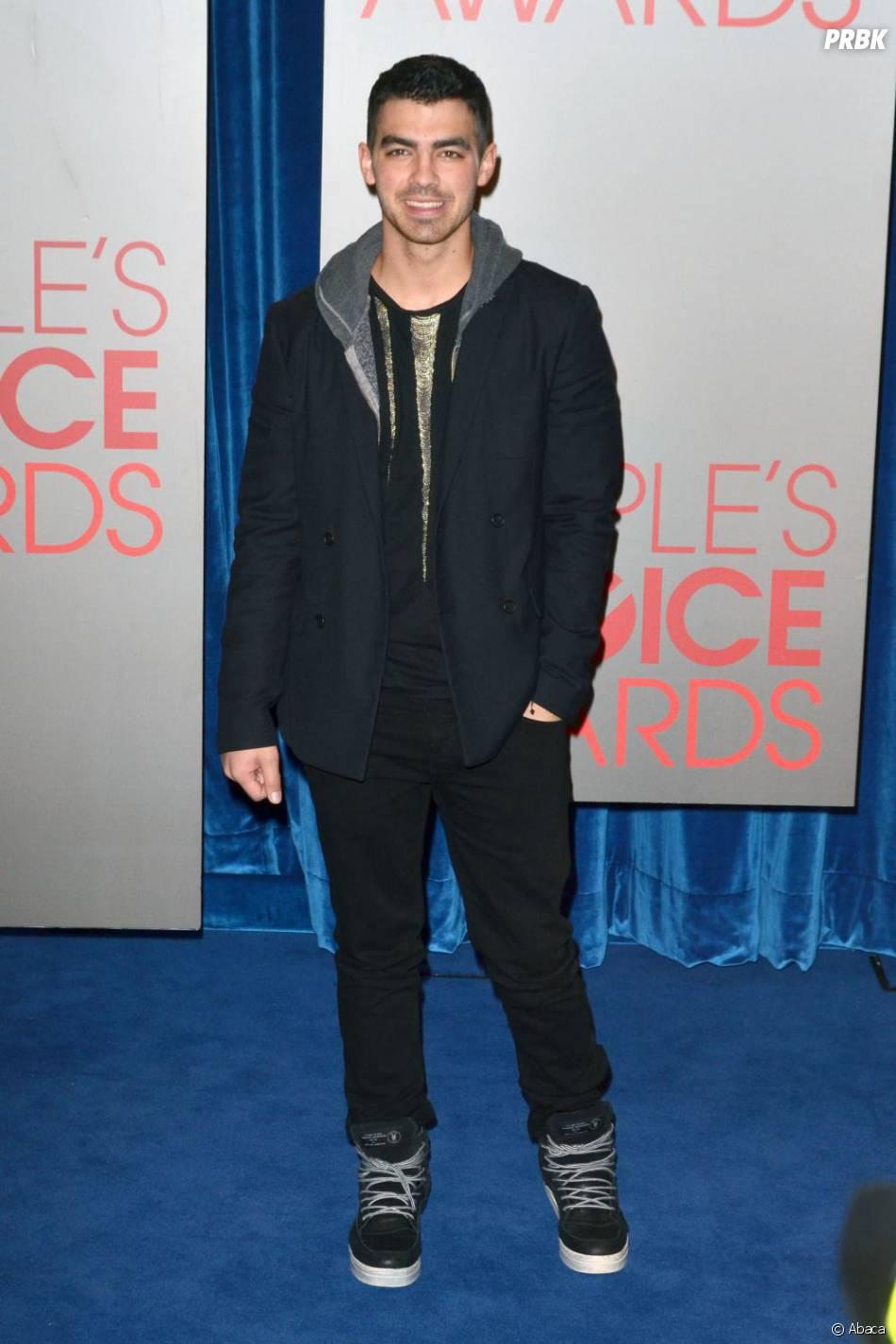 Joe Jonas aux People Choice Awards