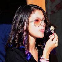 PHOTOS - Selena Gomez sans Justin Bieber : shopping et glace pour compenser l'absence de son Baby