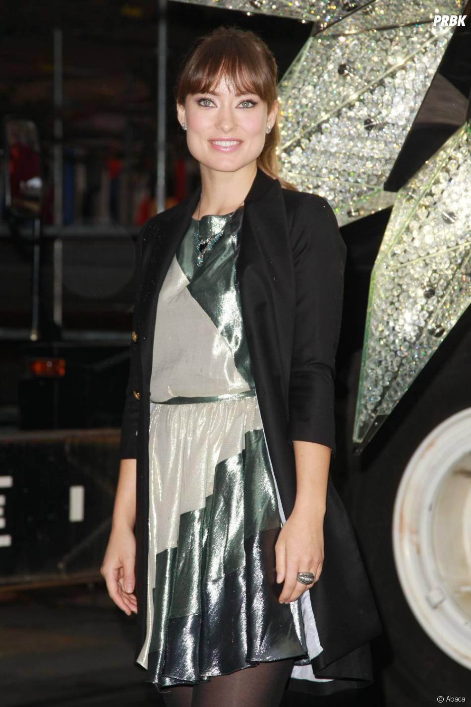 Olivia Wilde, canon dans une robe glitter