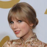 Taylor Swift : reine de coeur de Michelle Obama pour les Kids' Choice Awards 2012