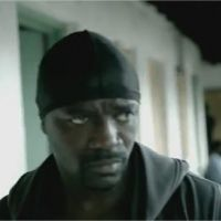 Akon, Hurt Somebody, le clip du come-back 100% gangsta