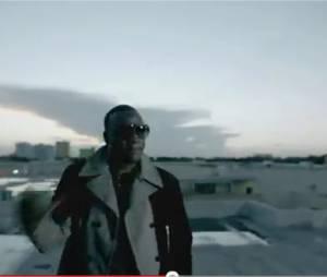 Akon voilà comment on a plus l'habitude de le voir !