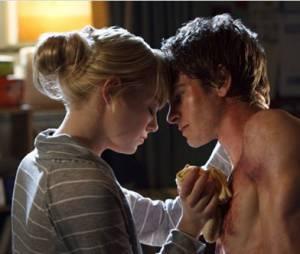 Emma Stone et Andrew Garfield très proche dans The Amazing Spider-Man
