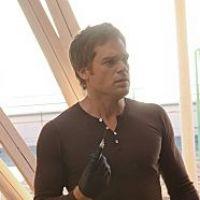 Dexter saison 7 : les clubs de strip-tease à l'honneur ! (SPOILER)