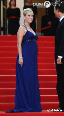 Reese Witherspoon enceinte sur le tapis rouge