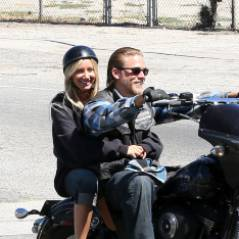 Ashley Tisdale : en mode biker sur le tournage de Sons of Anarchy (PHOTOS)
