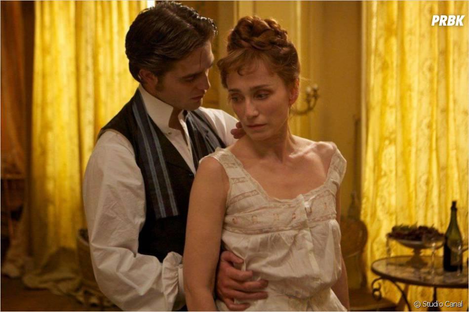 Robert Pattinson a un charme fou dans Bel Ami