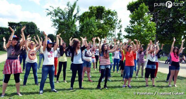 Les fans français des 1D ont organisé une énorme Flashmob à Paris !