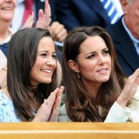 Wimbledon 2012 : Kate et Pippa Middleton dans les gradins pour encourager Andy Murray ! (PHOTOS)