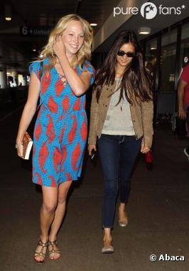 Nina Dobrev et Candice Accola de retour à Los Angeles et avec le sourire !