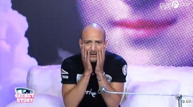 Kevin est sous le choc de voir que Vivi n'a pas quitté le jeu