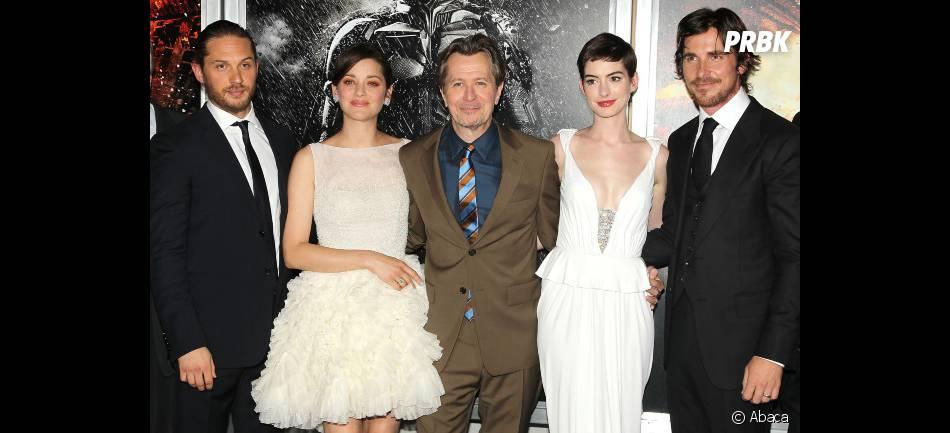 Les acteurs de The Dark Knight Rises réunis pour l'avant première du film !