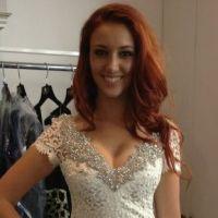 Delphine Wespiser : la bombe française au taquet à J - 30 du concours Miss Monde !